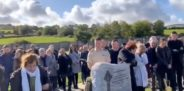 La genial broma que dejó preparada un irlandés para su funeral que hace reir a toda su familia